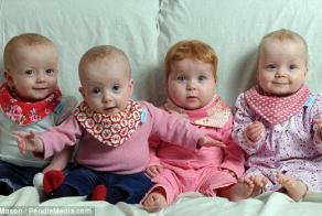 Quads Caroline, Darcy, Elisha and Alexis celebrate their first Bday!
