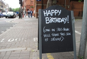 These 30 Random Signs Seen Outside Of Restaurants Are Hilarious