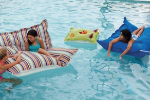 Here Are 32 Things Your Backyard Is BEGINNING For This Summer