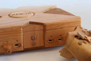 This Beautiful Wooden Xbox Isn't Ready For Gaming, But You'll Want It