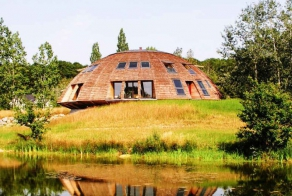 Epic Domed House Is Saving The Planet