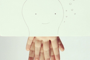 Artist creates cute drawings out of his own fingers