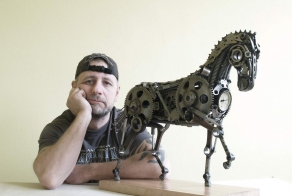 I Recycle Old Motorbike Parts Into Steampunk Animal Sculptures