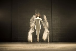 Photographer Freezes Dancer In Time Through Clouds Of Powder