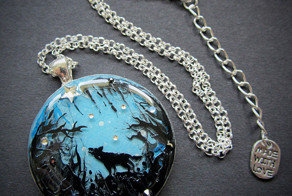 Jewelry With Magical Miniature Scenes