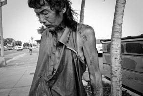 After 10 Years Of Photographing Homeless People, She Finds Her Father