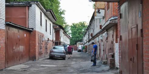 Молодой житель Белоруссии за 600 долларов снимал гараж в Москве (49 фото)